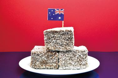 【經典甜點】Lamingtons澳洲的萊明頓蛋糕