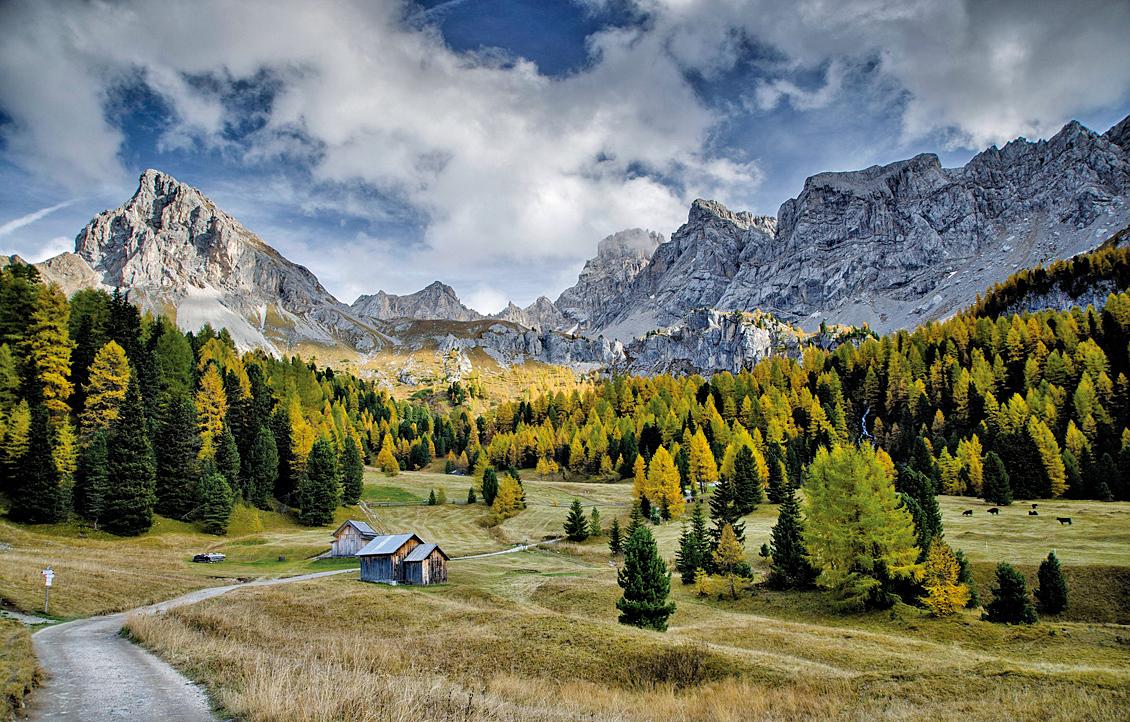 多洛米蒂山脈奇特的山體形狀。(pixabay.com)