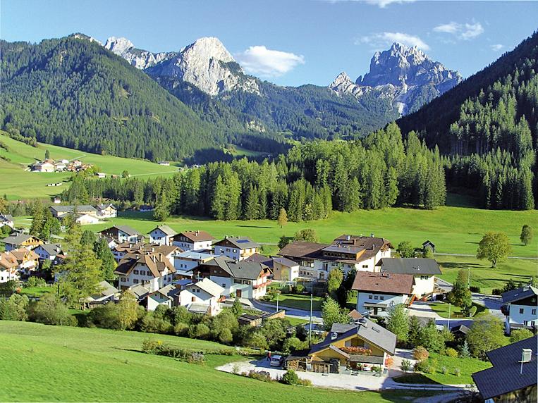 意大利多洛米蒂山脈山谷。(維基百科)
