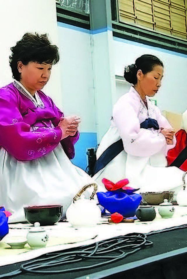 家庭製作的南韓傳統茶和茶商品。(大紀元資料圖片)