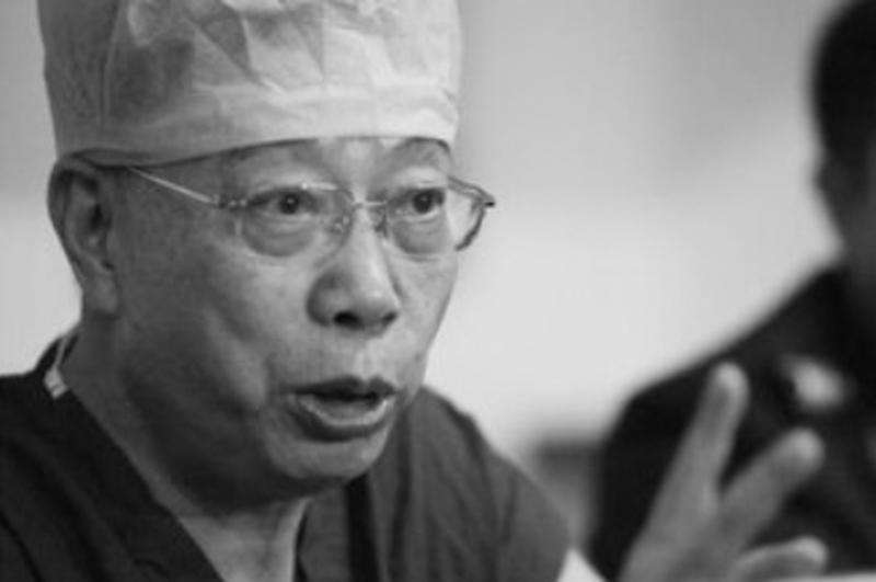 器官移植是一項非常專業的技術,多年以來,中國的器官移植醫療與一個人無法分割,那就是黃潔夫。(網絡圖片)