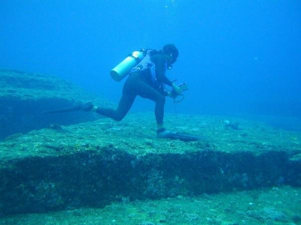 日本與那國島的海底遺跡。(維基百科)