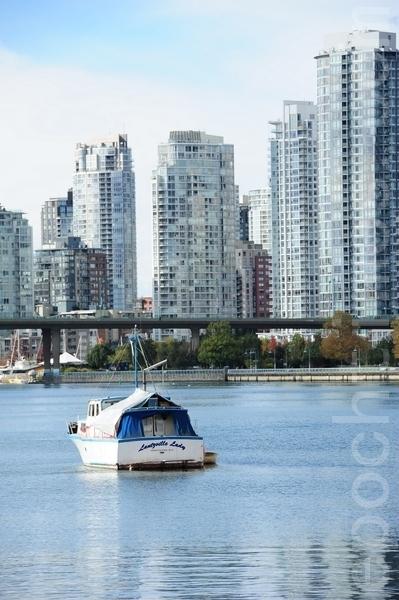重磅!外國人溫哥華買房額外加稅15%