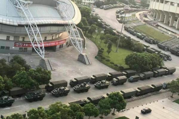 裝甲部隊進駐杭州 傳東部戰區一級戒備