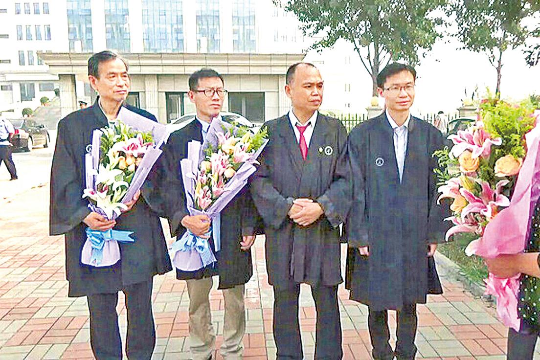 周向陽案開庭 正義律師為真善忍而辯