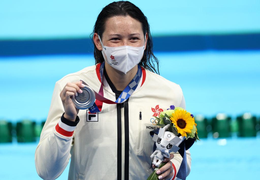 【更新】東奧7.28|香港「女飛魚」何詩蓓200米自由泳奪得銀牌
