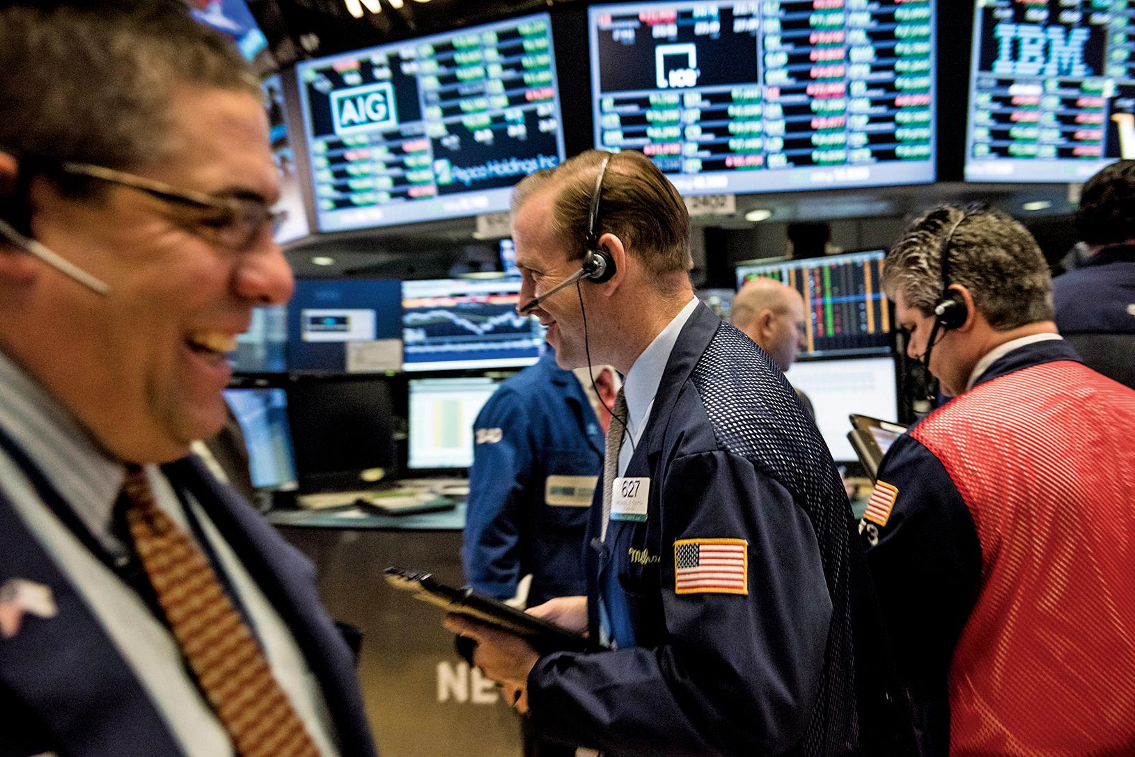 全球資金爆買美股基金