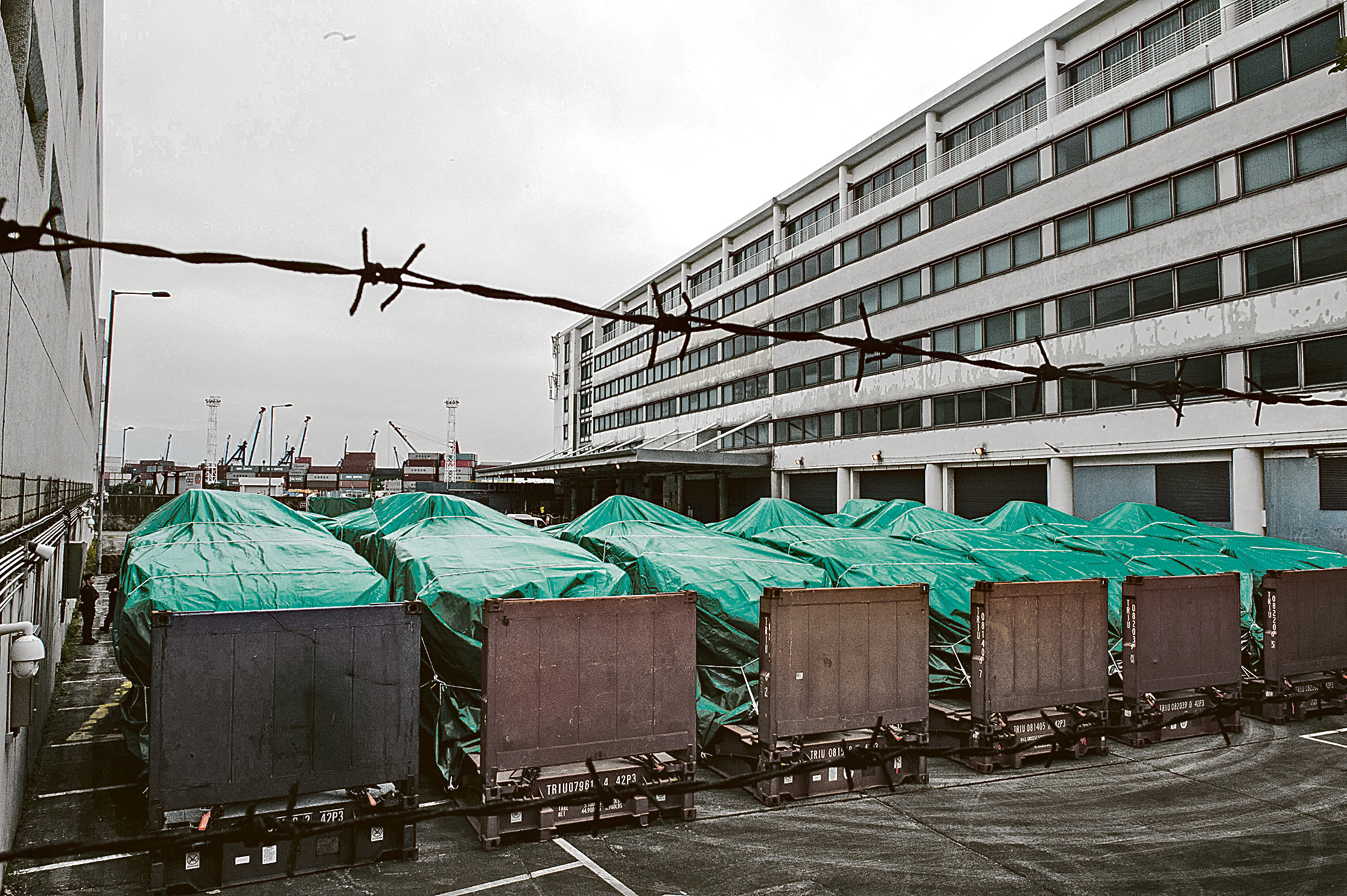 新加坡裝甲車香港被扣 暗藏詭異