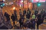 2016年2月 因食環署取締小販,部份團體號召市民到場支持小販,惟事件最後演變成流血衝突,並從年初一深夜持續至翌日天明。