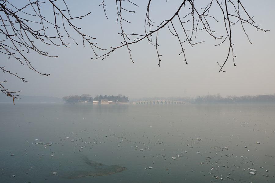 大陸四十城市陷重污染 成都醫院禁說霧霾致病
