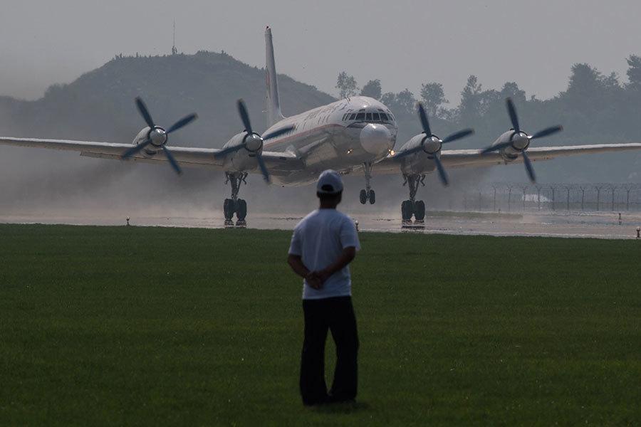 俄軍用客機墜毀斷成三截 機上39人全數生還