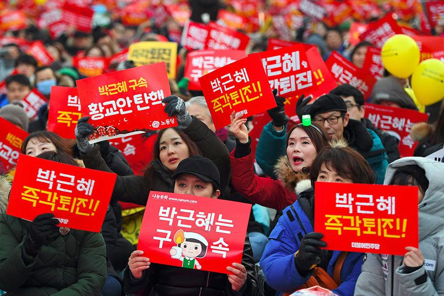 韓文藝界黑名單 朴槿惠涉封殺近萬人