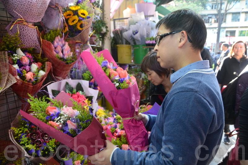 情人節表心意 「99枝玫瑰」熱賣