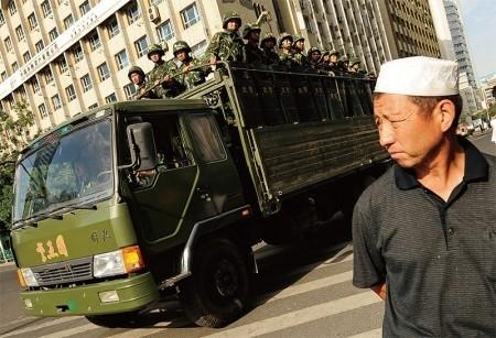新疆非常手段「反恐」引民眾抗議 衝突頻發
