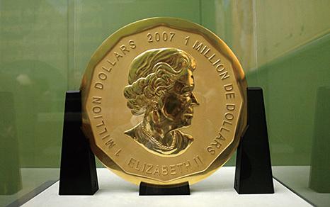 德一枚百公斤重金幣遭竊