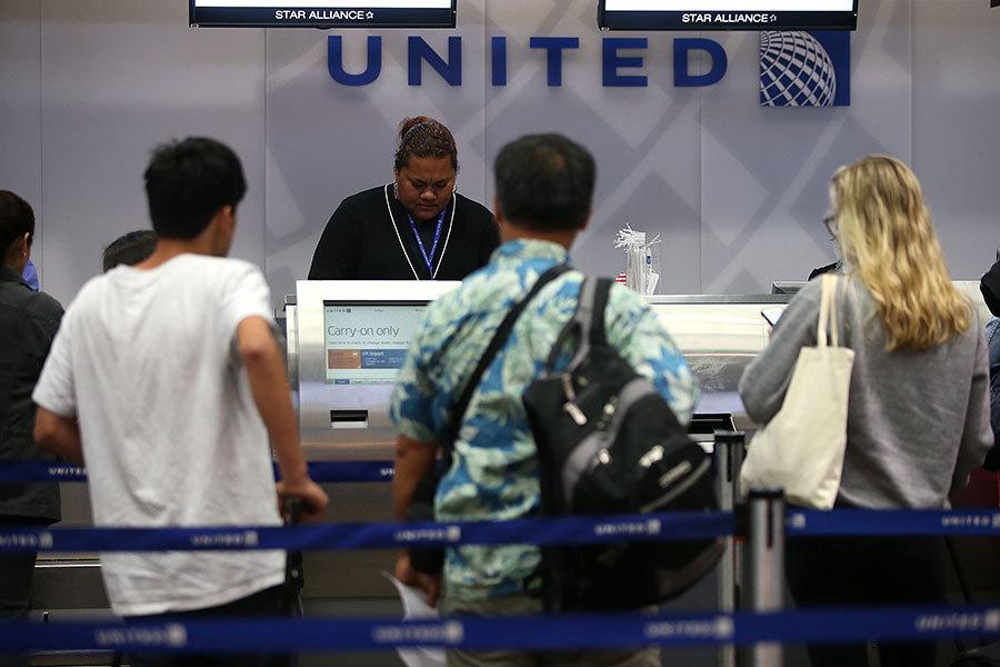聯合航空事件發酵 加拿大今春立法護旅客權益