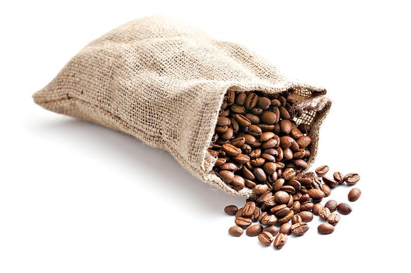 咖啡豆要盡量在1個月之內飲用完,所以不用囤積太多的咖啡豆,這樣會容易變質而產生赭麴毒素。