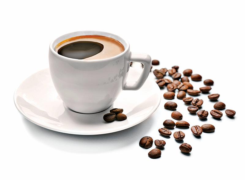 每天的咖啡因攝取量以不超過300mg為佳,每一杯咖啡的咖啡因含量不盡相同,因此要注意商品的標示資訊。