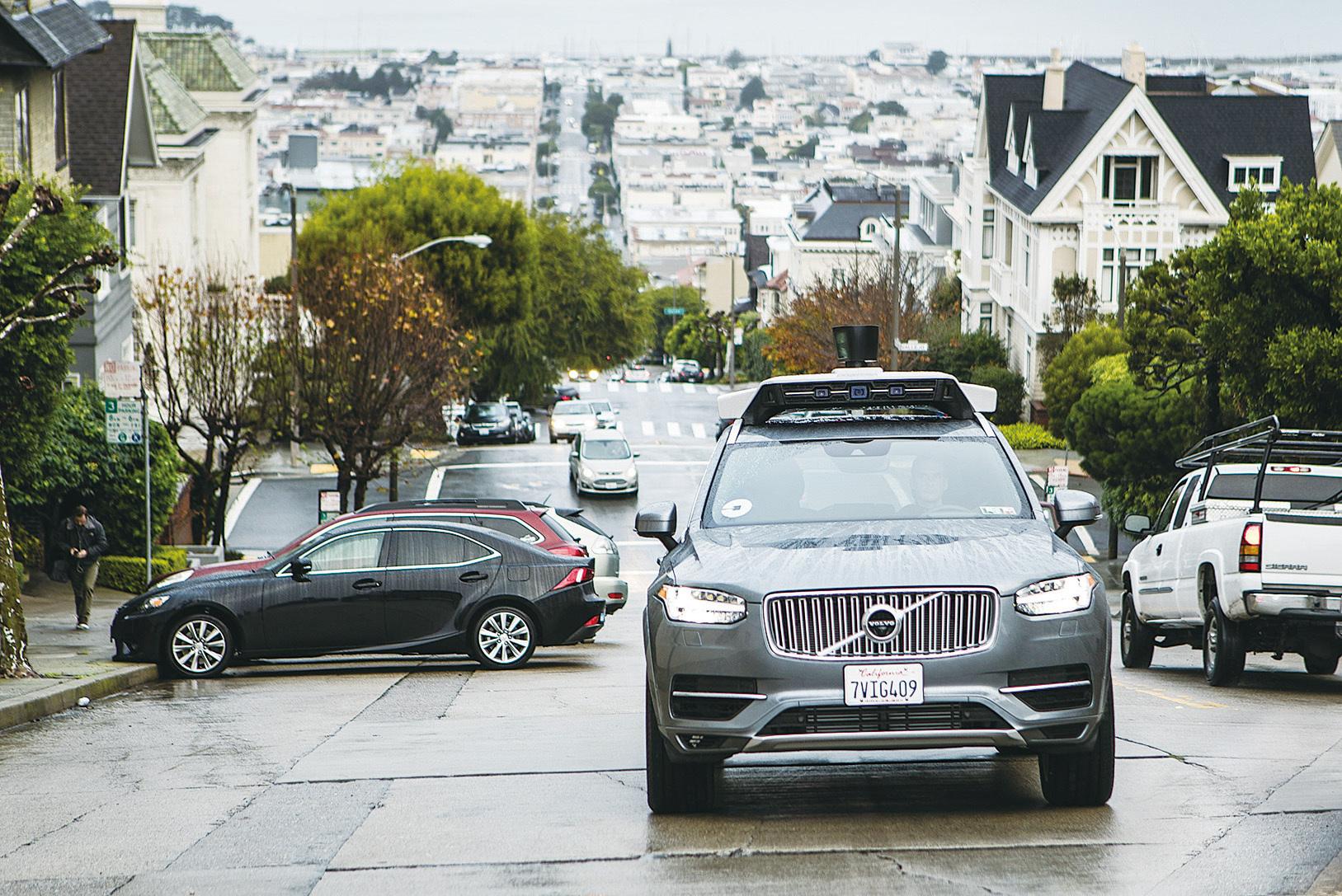 自駕車出事 Uber暫停公路測試