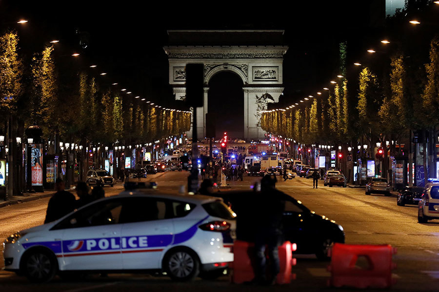 巴黎槍案警員一死兩傷 伊斯蘭國稱負責
