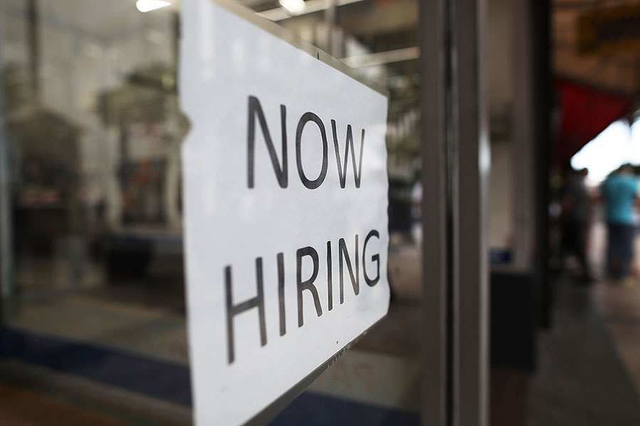 美四月份就業強勁反彈 失業率4.4%為十年來最低