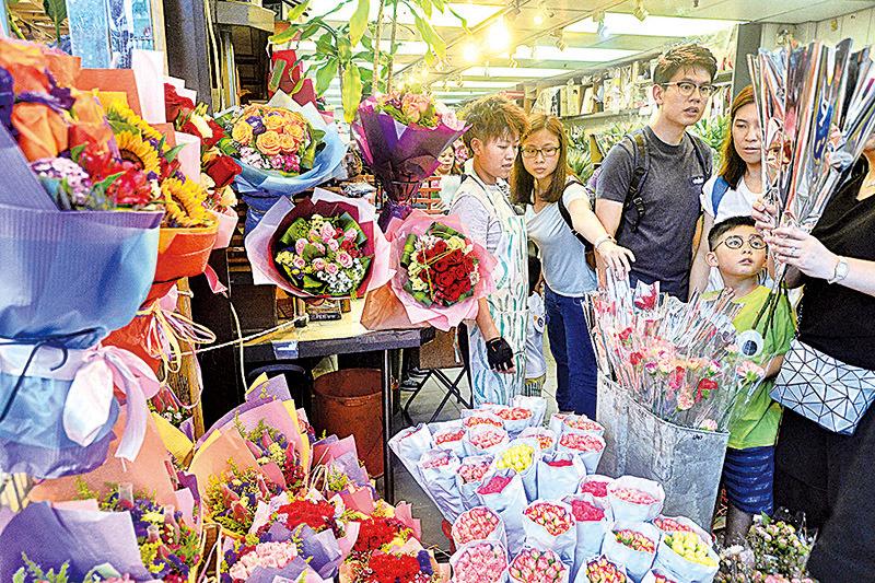 【圖片新聞】母親節康乃馨最受歡迎