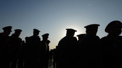 陳思敏:軍隊全面停止有償服務背後的博弈