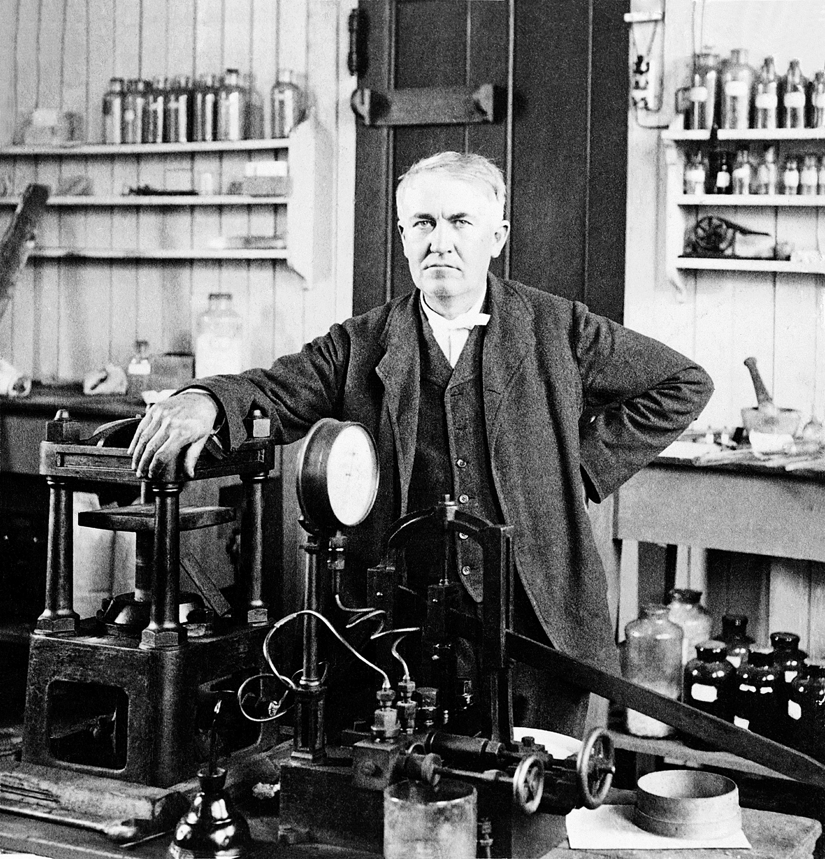 點亮世界的科技奇才愛迪生 從被退學到成為發明大王的經歷