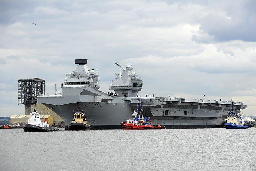 英史上最大航母「伊利沙伯女皇號」試航