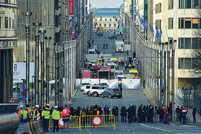 其中一個遇襲的地點Maelbeek地鐵站,與歐盟總部相距不足300米。(Getty Images)