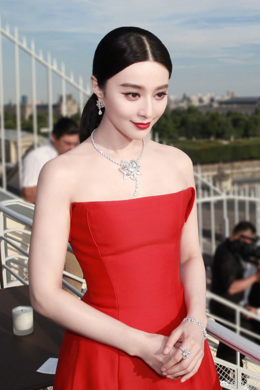 中國女演員范冰冰在美國起訴郭文貴