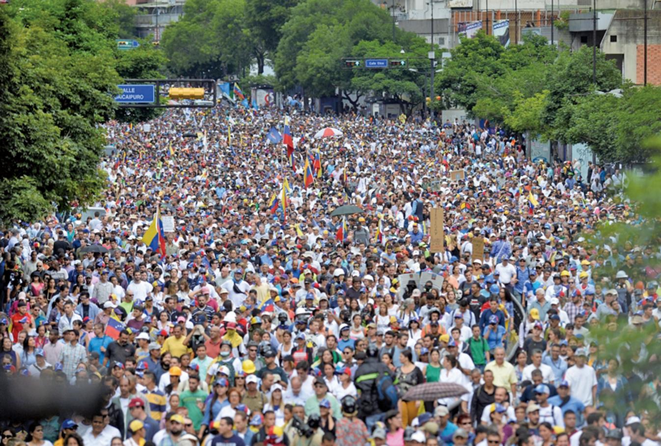 委內瑞拉強推制憲選舉爆衝突