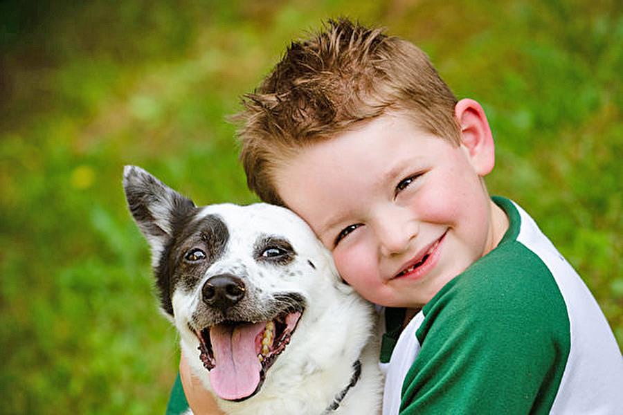 千萬別讓小狗舔你的臉 這可能會出人命