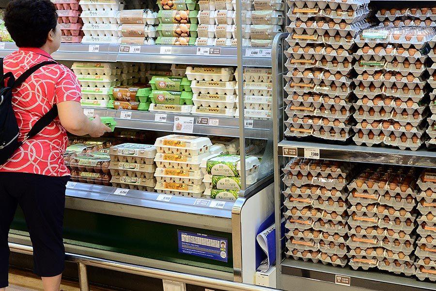 南韓產雞蛋發現殺蟲劑成份 超市主動下架