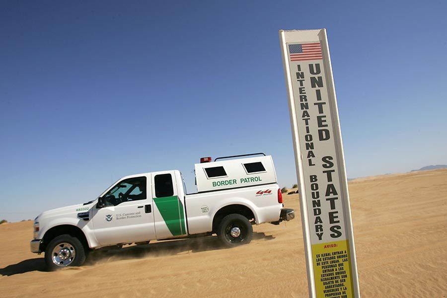 特朗普訪美墨邊境 當地官員:總統政策很奏效