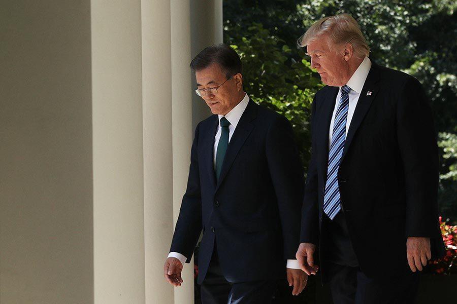 特朗普文在寅談合作抗朝 韓防長籲美派駐航母