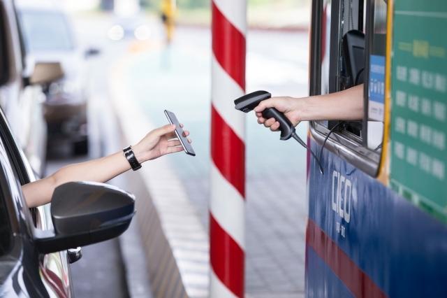 手機付錢好方便 大陸支付寶背後的真相