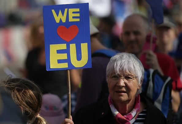 英國願給二百億脫歐分手費 歐盟不為所動
