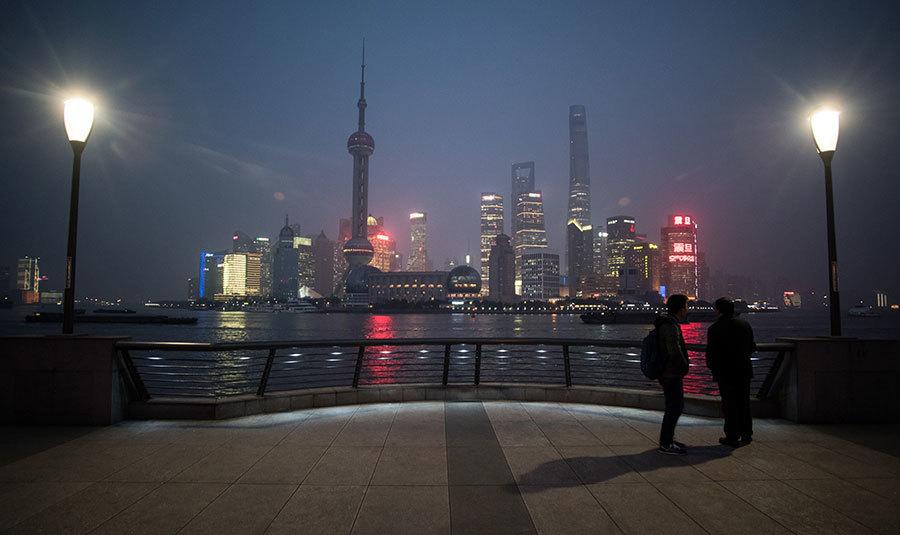 學者:中共經濟實力實際上只有美國的一半