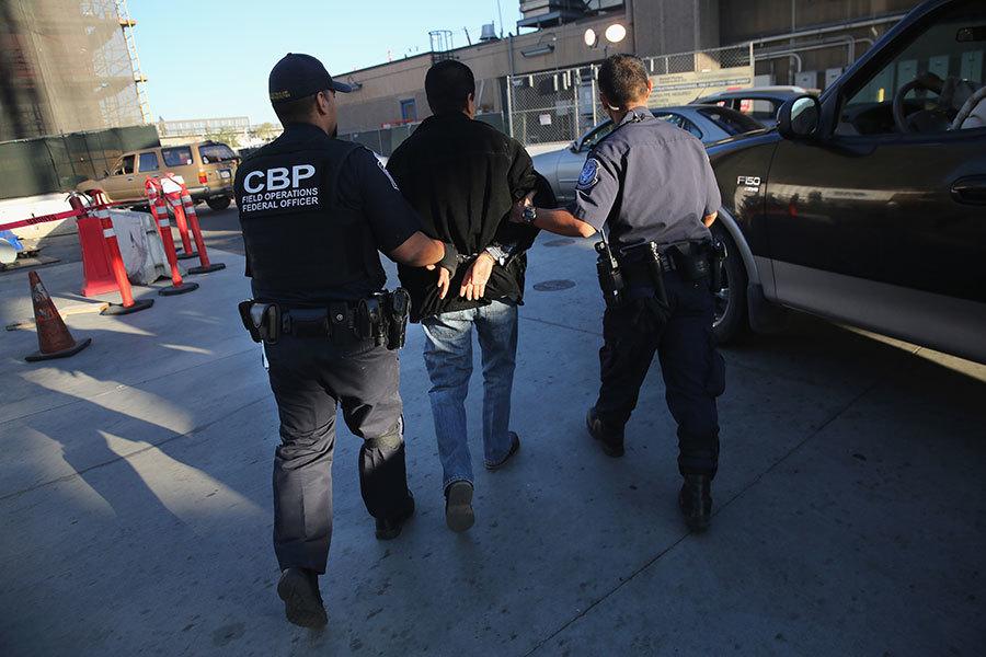 特朗普新政奏效 美非法跨境人數降45年低點