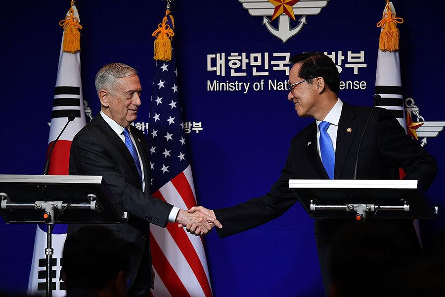 美韓商定在韓增派戰略武器 彭斯讓美軍備戰