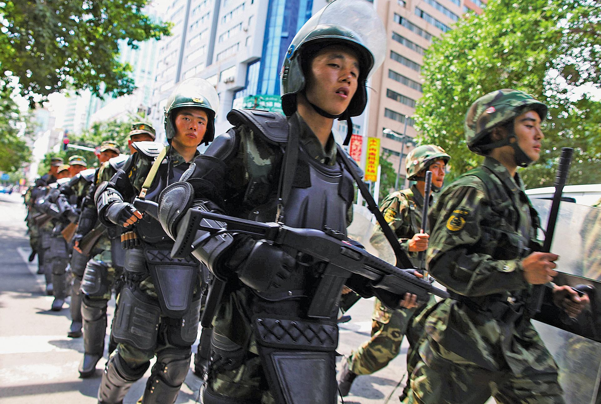 收回武警指揮權 習除「政變」隱患