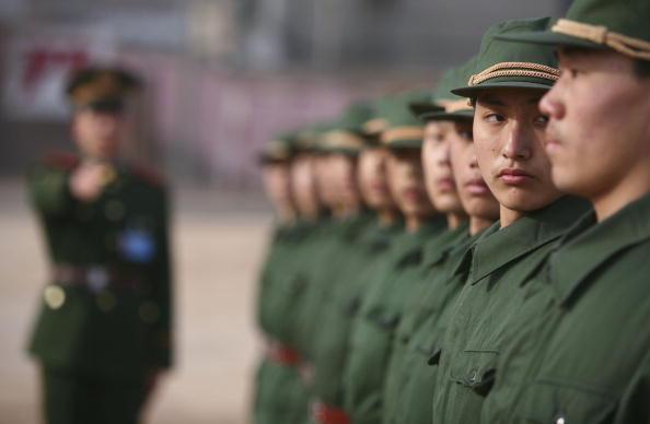中共軍隊禁酒花樣多 紅二代:早成一灘爛泥