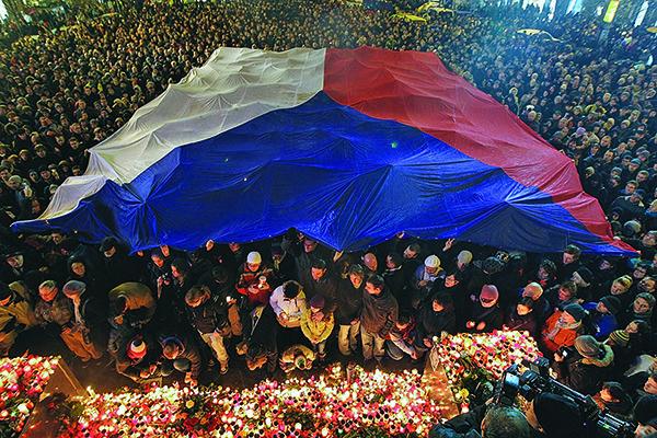 布拉格共產主義 受難者紀念碑的背後故事