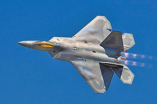 美軍新戰術 F22空襲塔利班毒品廠