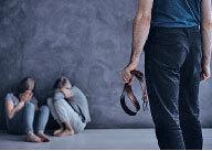 最新 研究:打屁股會增加孩童的行為問題