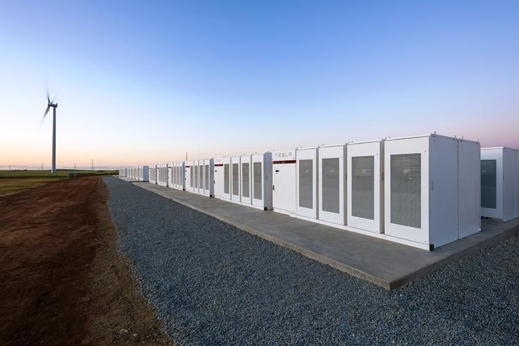 百日建成全球最大鋰電池 馬斯克贏五千萬