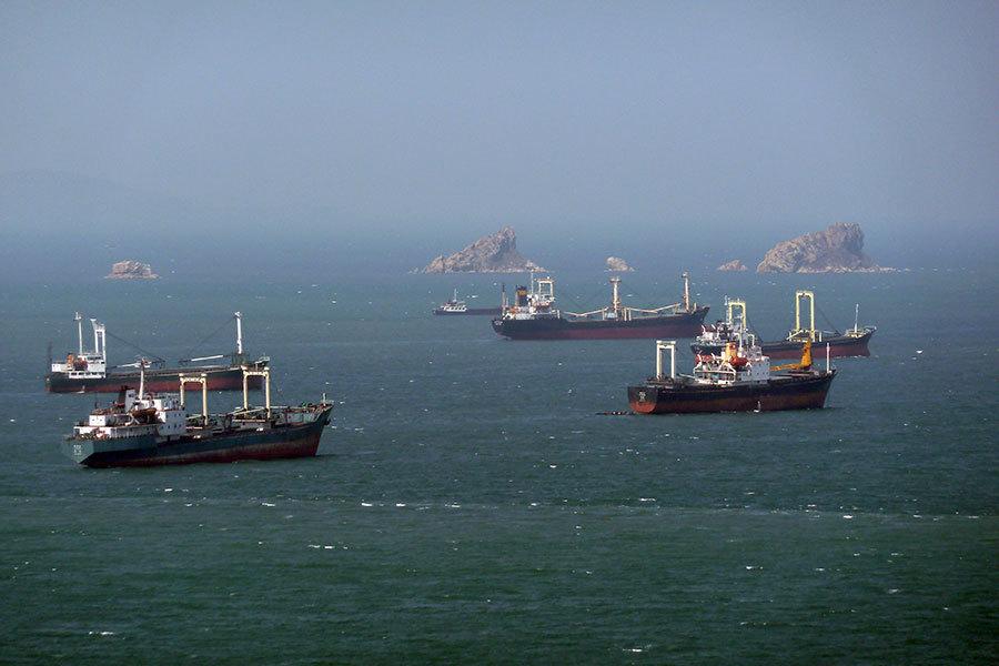 與朝貿易船公司主管被捕 船運中斷