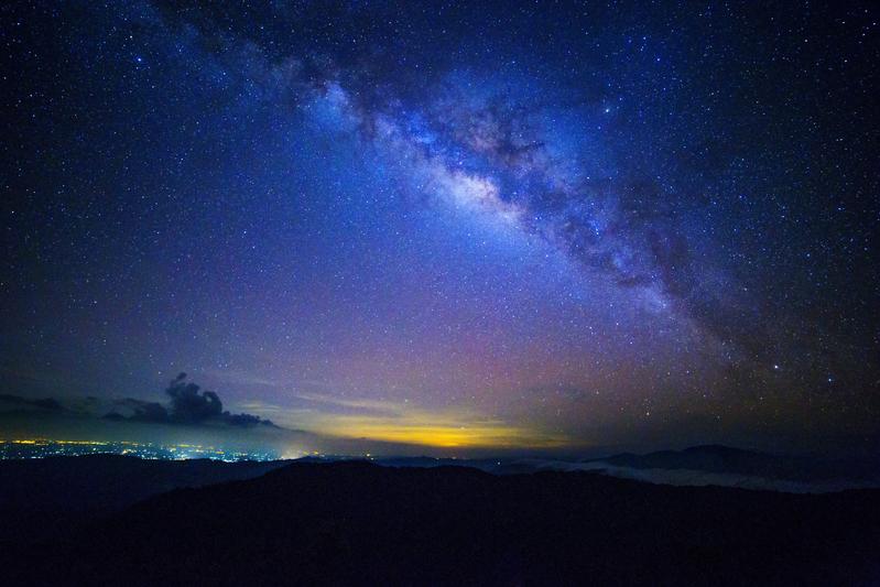銀河系突現大量新星 來源不明