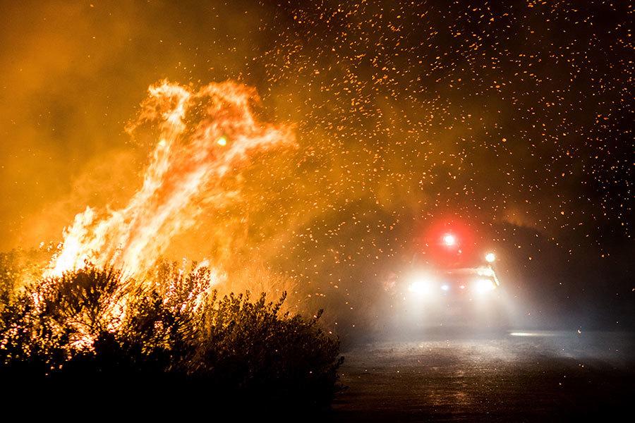 烈焰焚豪宅民居 南加州居民因一事感謝神